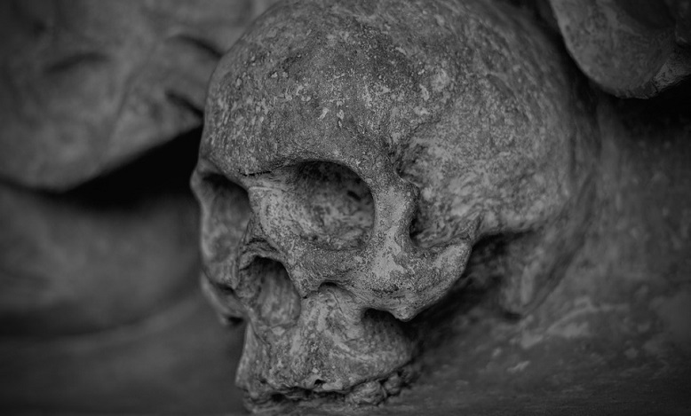 Dream of Dead Person Talking to You – Meaning and Interpretation