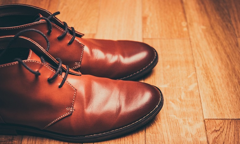 Biblical Meaning of Shoes in Dreams – Meaning and Interpretation